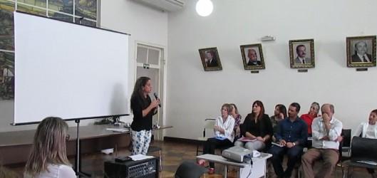 Ana Affonso salienta a importância da reflexão de temas que não estão no currículo, mas são latentes no dia-a-dia da escola