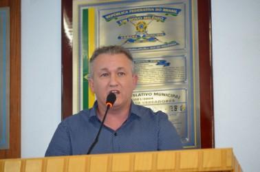 Fabiano Haubert protocola cinco projetos em diversas áreas