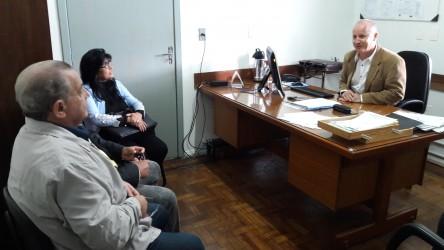 Júlio Galperim visita Hospital Centenário para analisar superlotação
