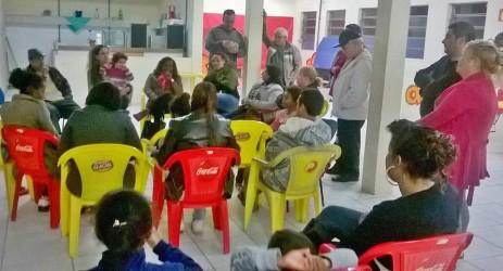 Ana Affonso participa de reunião na COHAB Feitoria e salienta a importância do fortalecimento do trabalho comunitário