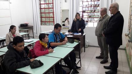 Júlio Galperim realiza visita na Escola Aracy de Paula Hofmann