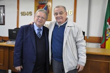 21/06 - Palestra com Dr. Lucchese - Júlio Galperim