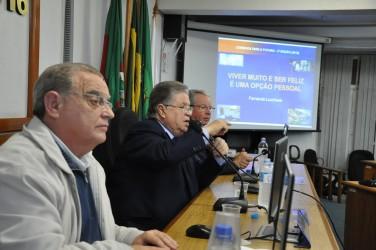 Dr. Fernando Lucchese aborda longevidade e qualidade de vida em palestra na Câmara Municipal de São Leopoldo