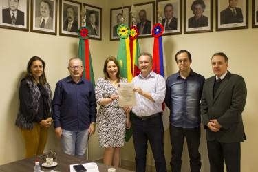 Fabiano Haubert apresenta projeto a OAB de São Leopoldo