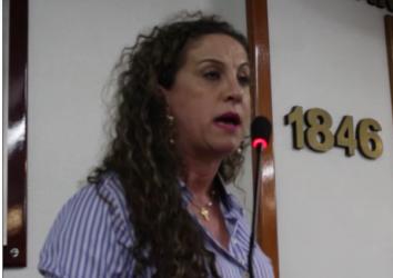 Ana Affonso explica a importância dos trabalhadores da Saúdecumprirem a carga horária de trabalho