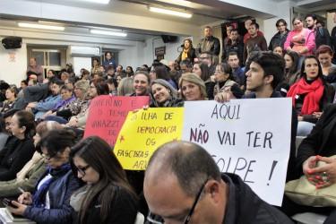 Vereadora Ana Affonso (PT) responde aos ataques baixos de Marcelo Buz