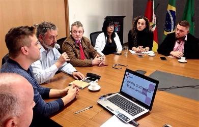 Prefeito Vanazzi reúne vereadores e lideranças políticas de São Leopoldo e propõe pacto para salvar o Hospital Centenário