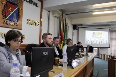Iara Cardoso participa de audiência pública do PPA
