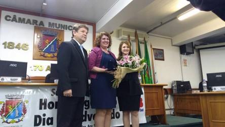 Ex-presidente da OAB Subseção São Leopoldo recebe comenda em sessão solene
