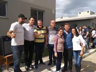 Dudu Moraes participa da entrega das escrituras para 224 famílias do Residencial São Gabriel