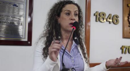 Vereadora Ana Affonso usa tribuna da Câmara para falar das atividades em defesa do Hospital Centenário