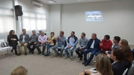 Vereadores participam de reunião com empresários na Acist-SL