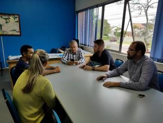Dudu Moraes visita secretaria de obras para discutir demandas do bairro Jardim Fênix