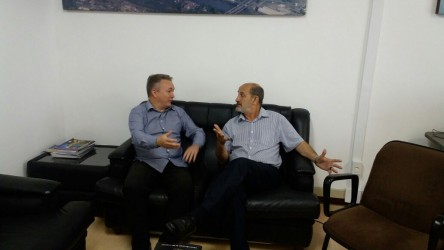 Fabiano Haubert visita diretor-geral do Semae