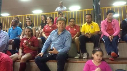 Ary Moura prestigia rodada da liga feminina de futsal