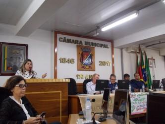 Vereadora Iara Cardoso acompanha audiência pública do SUAS