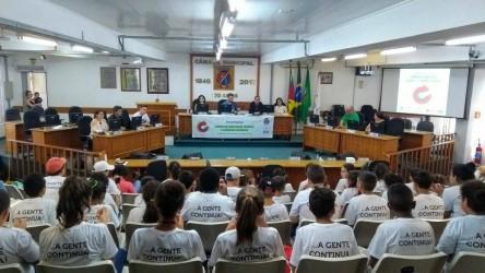 Câmara Municipal foi palco de debate sobre alimentação saudável, em sessão proposta por Dudu Moraes