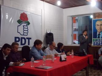 História política do Brasil revisada durante palestra de criação do Movimento Cultural Darcy Ribeiro