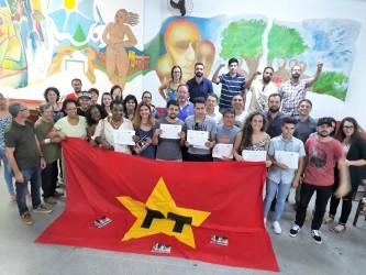 Partido dos Trabalhadores de São Leopoldo promove  festa de final de ano com apresentação de novos filiados