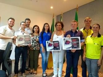 Dudu Moraes acompanha apresentação da campanha contra o assédio sexual no transporte coletivo