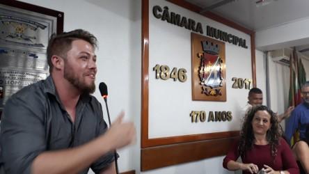 Dudu Moraes parabeniza Armando Motta, eleito novo presidente da Câmara de Vereadores de São Leopoldo