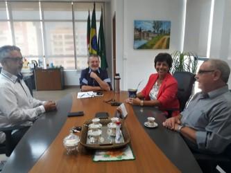 Mesa diretora da Câmara é recebida pelo prefeito