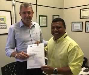 Vereador Brasil viabiliza R$ 100 mil para causa animal