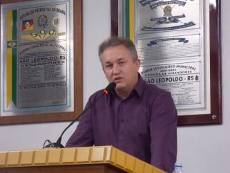Fabiano Haubert destaca lotação da emergência do Hospital Centenário