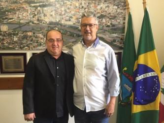 Motta recebe presidente da Câmara de Sapucaia do Sul