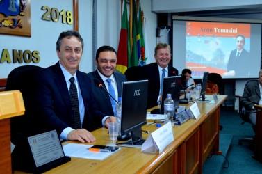 Tomasini recebe título de Cidadão Leopoldense