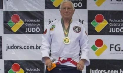 Sensei Batista recebe título de cidadão leopoldense