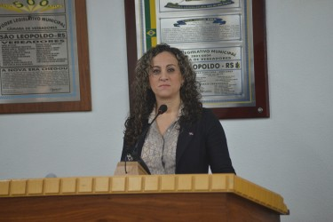 Ana Affonso denuncia difamação do vereador Marcelo Buz contra professores