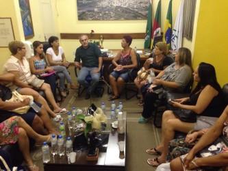 Iara Cardoso recebe merendeiras