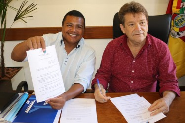 Promulgada Lei do Banco de Medicamentos Doados do vereador Brasil Oliveira