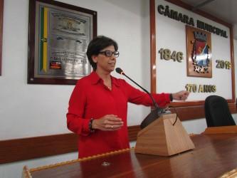 Vereadora Iara Cardoso encaminha pedido de providências para pavimentação