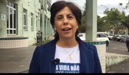 Vereadora Iara Cardoso colhe assinaturas em defesa do Hospital Centenário