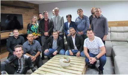 Comitiva do PDT visita empresa Expansão Brasil em São Leopoldo