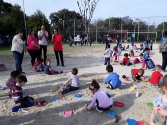 Vereadora Ana Affonso participa do Dia do Brincar