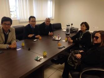 Iara Cardoso visita fábrica da Hyundai