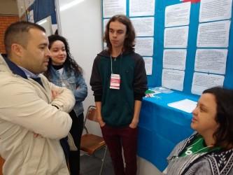 Juliano Maciel conversa com estudantes na abertura da VII Motic São Leo