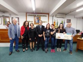 Prêmio Paulo Freire é entregue em Sessão Solene pelo Dia da Professora e do Professor