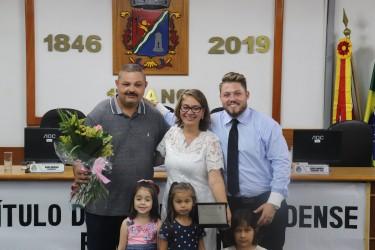 Eliene Amorim recebe título de Cidadã Leopoldense