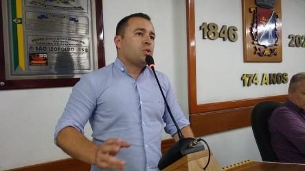 Juliano Maciel tem aprovado projeto que institui o programa Composta São Léo