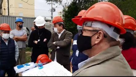 Ary Moura visita início das obras da UBS Feitoria Madezatti