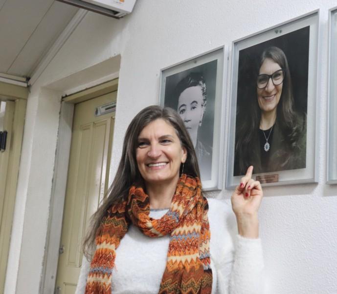 Fotografia de vereadora é inaugurada na galeria do Legislativo