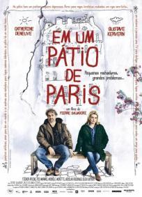 Em um Pátio de Paris