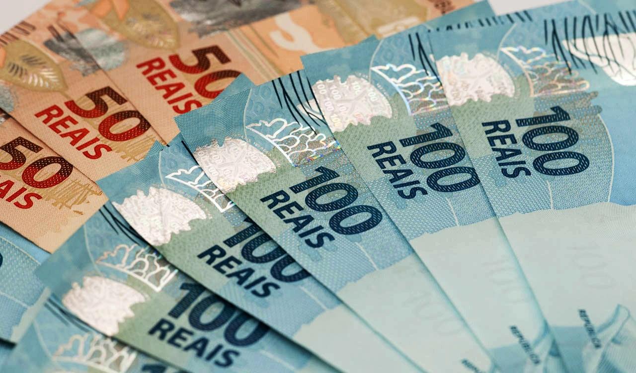 R$300,00