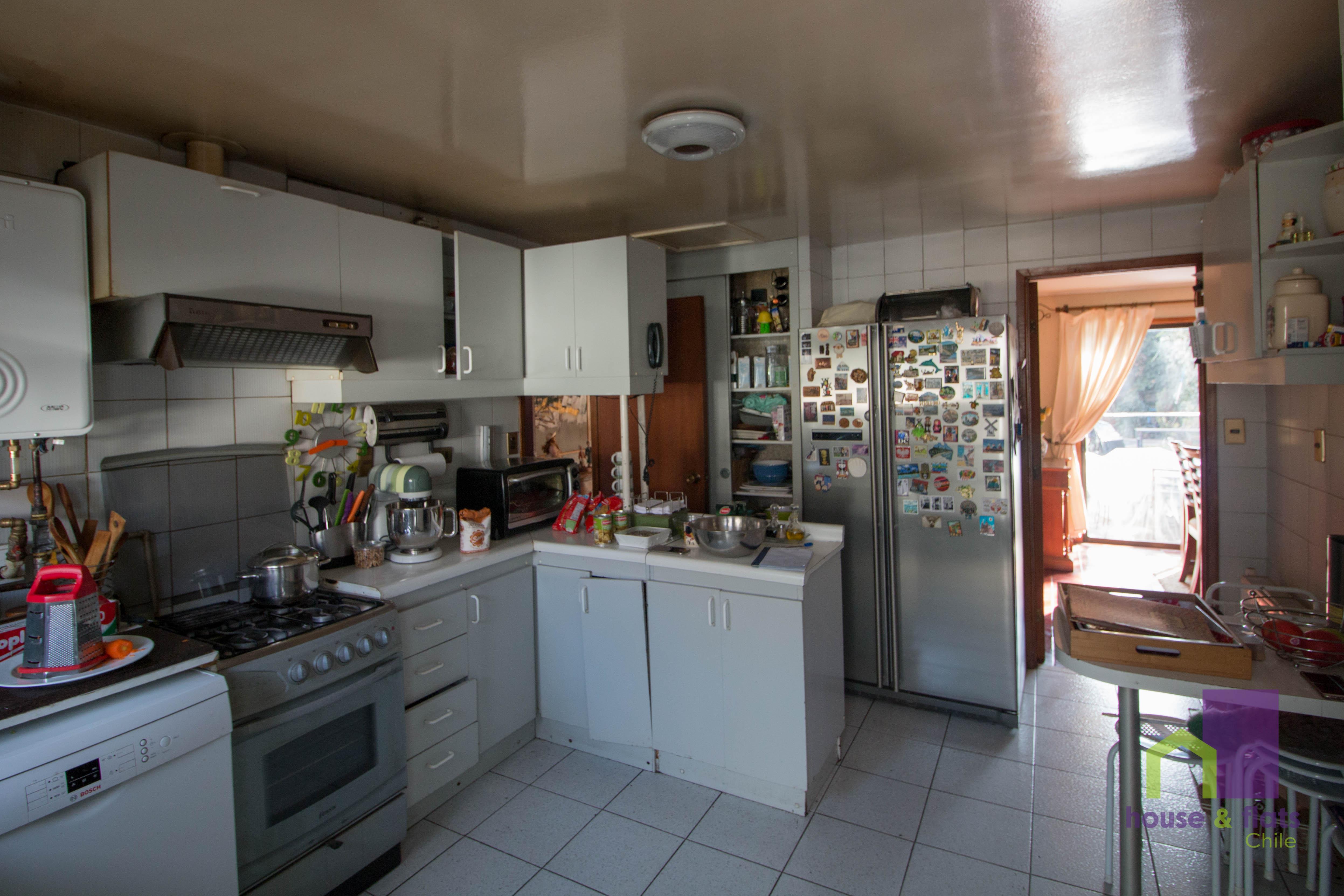 Habitación Privada - Las Condes - Cercano Universidades (UDD, UANDEAS DUOC)