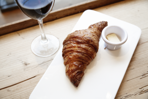 Croissant de vinho do Chef Edgard Rodrigues