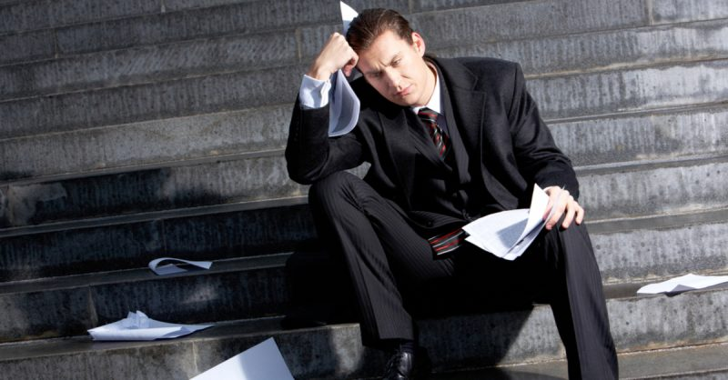 tv catia fonseca 4 dicas para quem está desempregado homem sentado